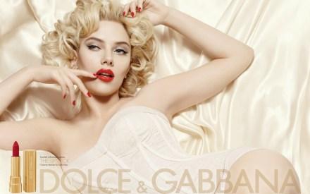 lipstick_scarlett